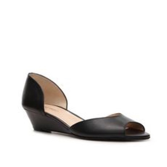 a17c81209 Nine West Shoes   Vivie Leather Wedge Peep Toe Sandal 9   Poshmark